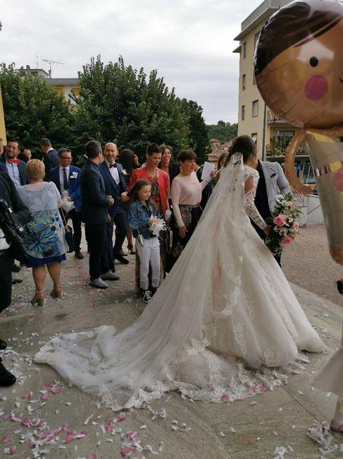 Emozioni a riguardare le foto del matrimonio... 5