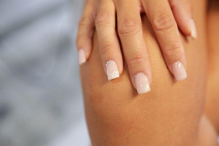 Sposine dolcissime oggi faccio la prima prova unghie, mi fate vedere le vostre? 3