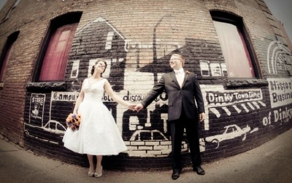 Bomboniere Matrimonio Stile Anni 50.Matrimonio A Tema Anni 50 Consigli Su Abiti Decorazioni E Molto