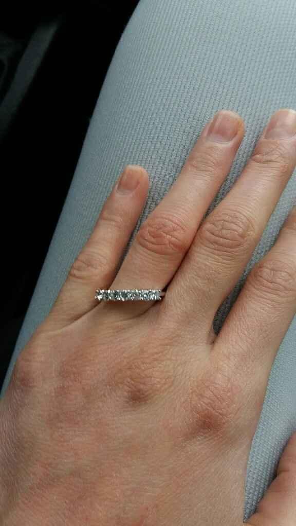 Come sono i vostri anelli di fidanzamento? - 1