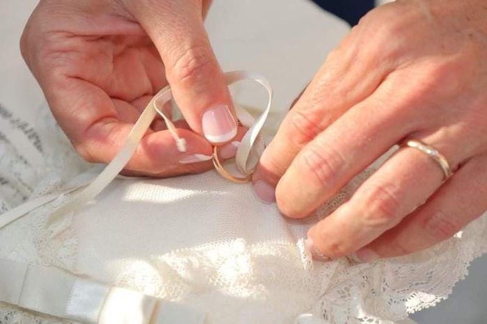Unghie sposa glam: promosse o bocciate? 3