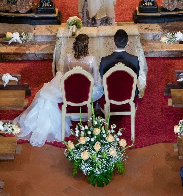 Come deve sedersi la sposa all'altare? 3