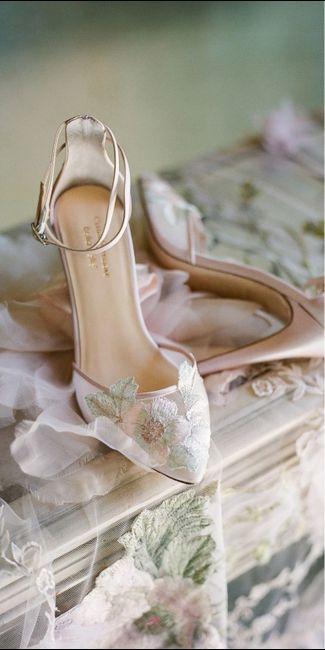 Calzatura sposa sotto vestito con spacco 6