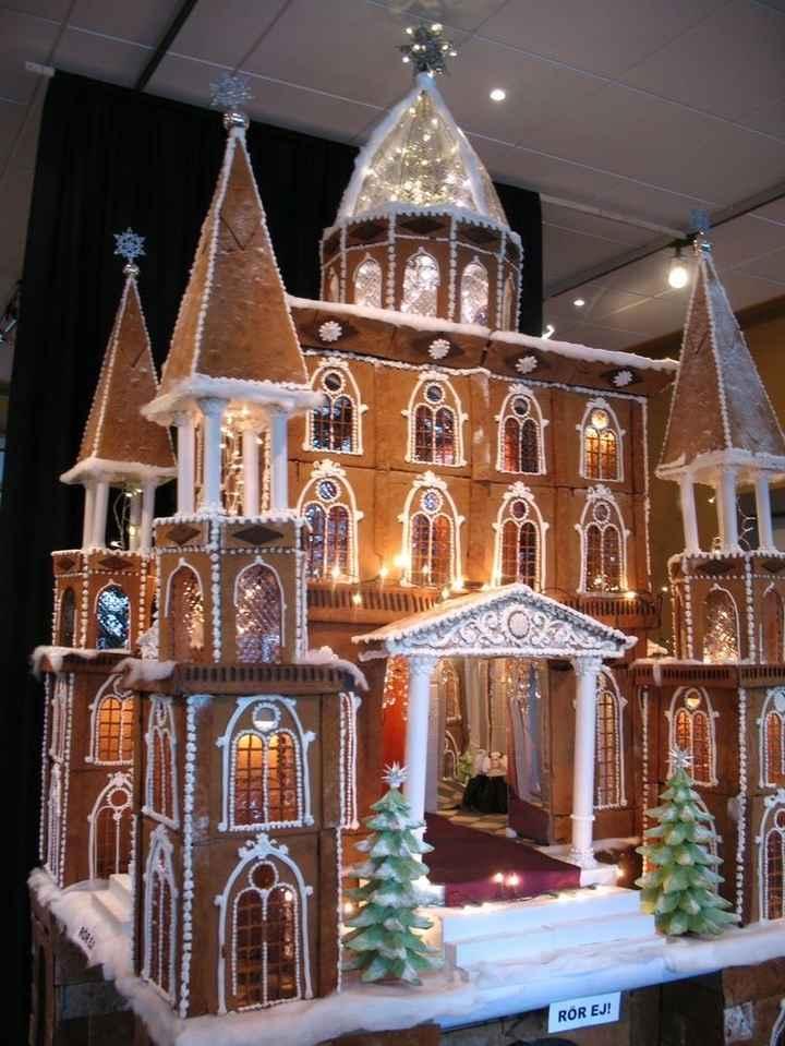 Christmas wedding cake! - 1