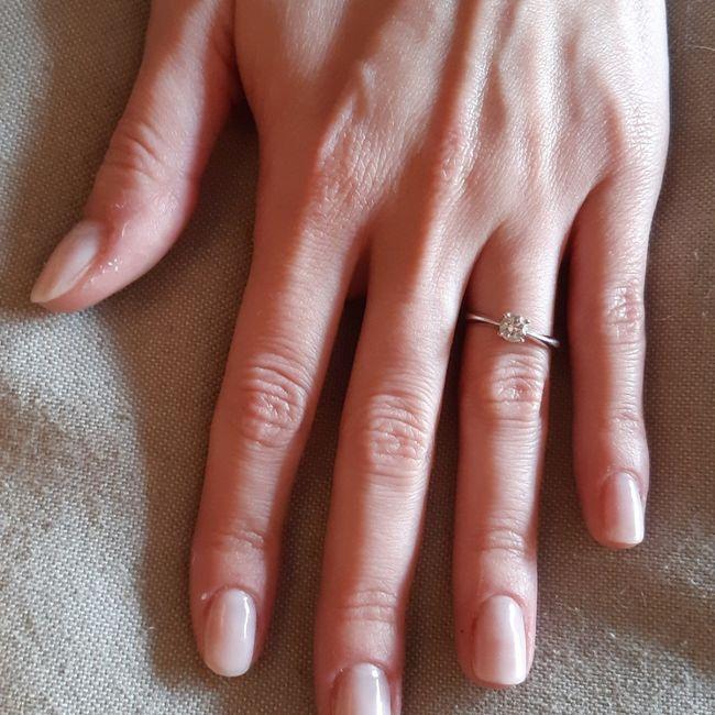 Gel o semi permanente unghie 1