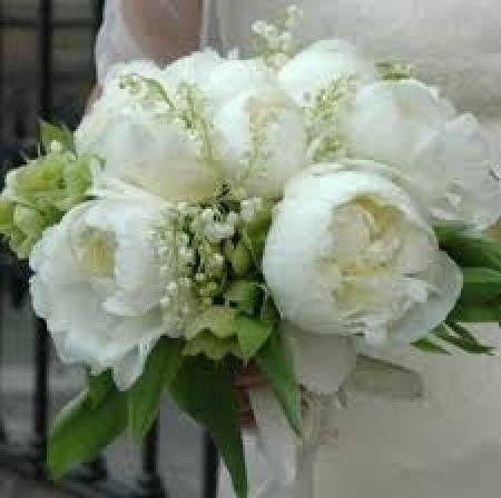 Fiori scelti: Ortensie e peonie ( total white) - Organizzazione matrimonio - ...