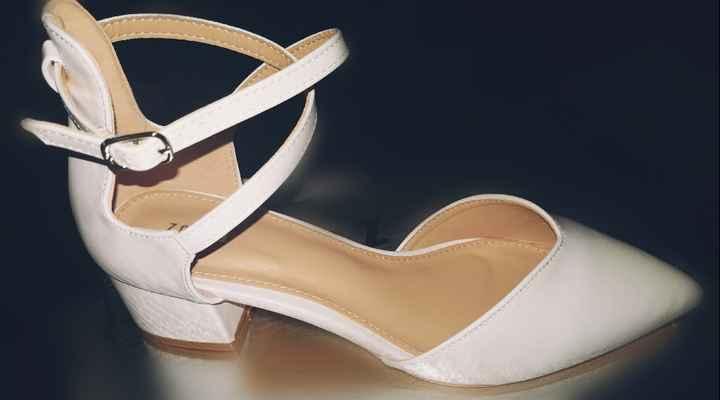 Habemus scarpe... - 1