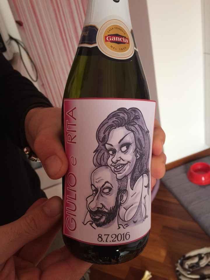 Bottiglia di vino come bomboniera - 1