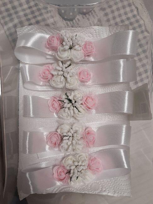 Bouquet da polso per sposa: sì o no? 💐 3