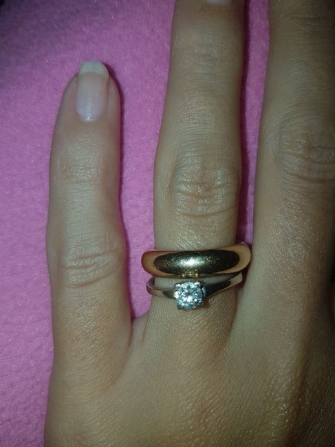 Dopo la fede, dove mettere l'anello di fidanzamento? 1