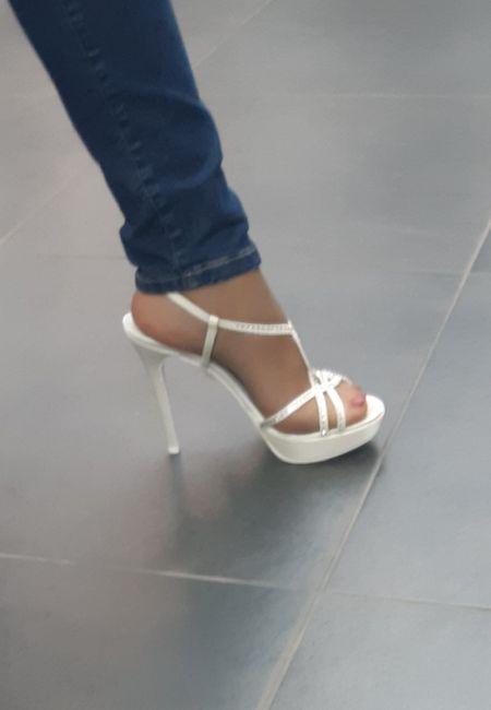 Alla ricerca delle... scarpe - 2
