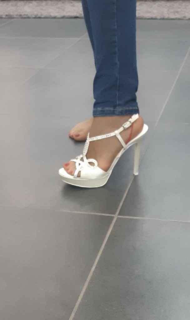 Alla ricerca delle... scarpe - 3