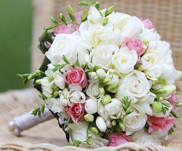 Matrimonio In Rosa E Bianco : Tema e addobbi matrimonio in bianco rosa per manu mario