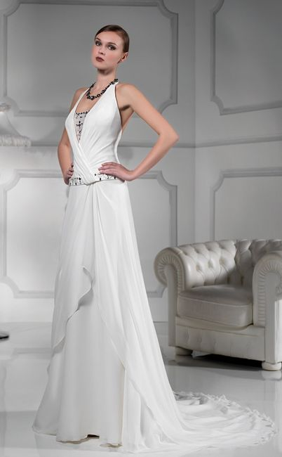 a46e4cba9d9d Aiuto coprispalle per scollo all americana - Forum Matrimonio.com