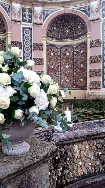 Quali sono i fiori sa utilizzare x un matrimonio fine luglio? ? - 1