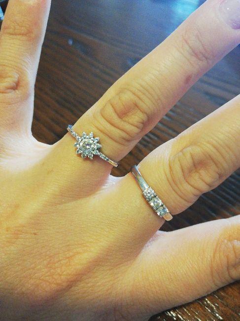 E ora mostraci una foto del tuo anello di fidanzamento! 1