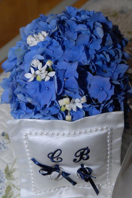 Cuscino Portafedi Bianco E Blu.Idee Per Portare Le Fedi All Altare Cerimonia Nuziale Forum