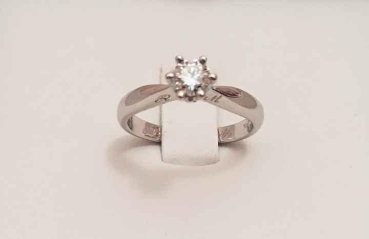 L'anello di fidanzamento - 1