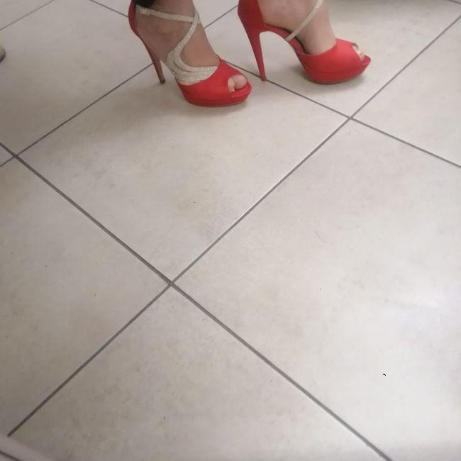 Scarpe da sposa: colorate o bianche? 2
