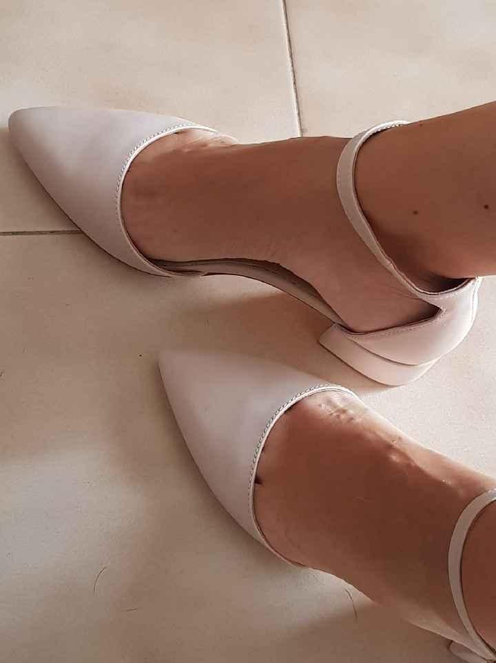 Scarpe trovateee - 1