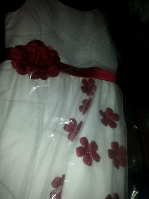 Vestito Matrimonio Uomo Rosso : Vestito rosso invitata foto ricevimento di nozze