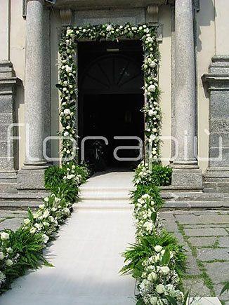 Idee per allestimenti esterni della chiesa - Allestimento casa della sposa ...