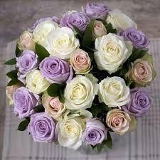 Bouquet Glicine Sposa.Bouquet Bianco E Glicine Lilla Organizzazione Matrimonio