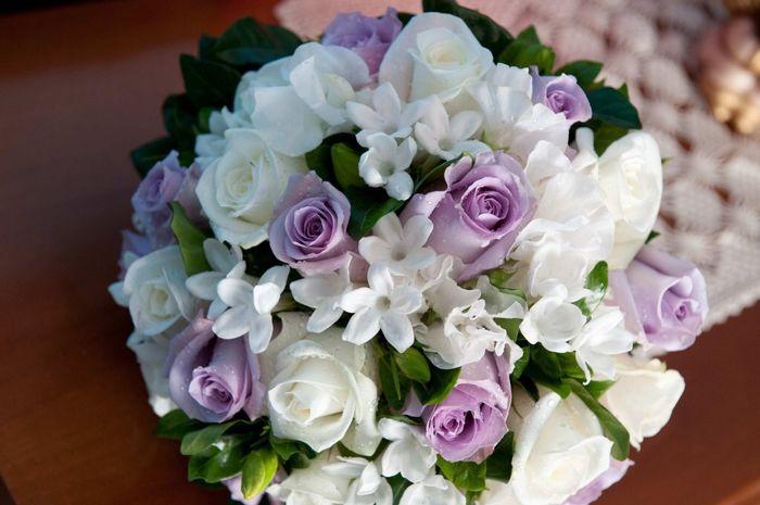 Bouquet bianco e glicine lilla organizzazione for Tende lilla glicine