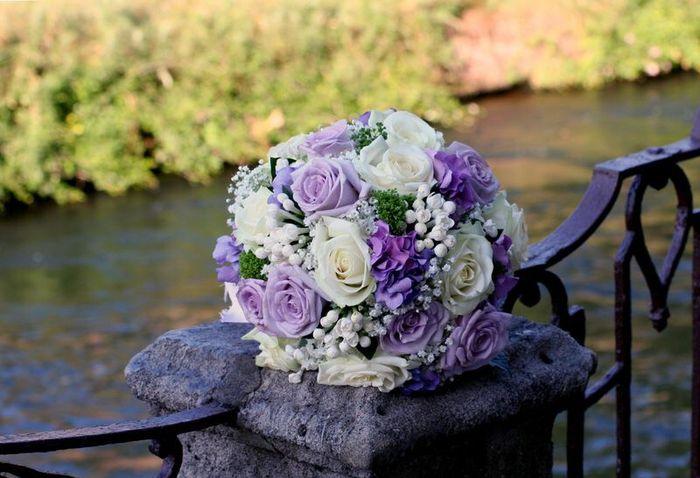 Bouquet bianco e glicine(lilla) - 6