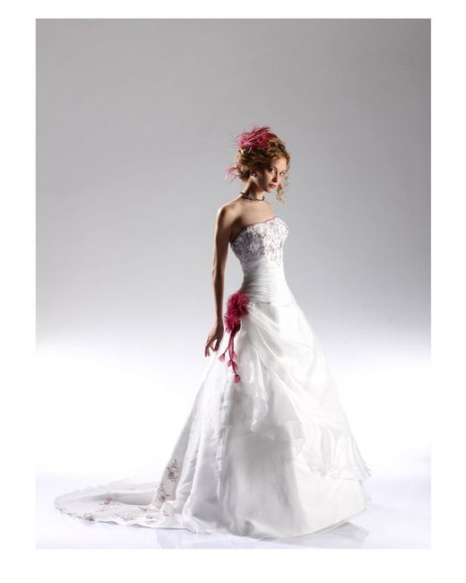 99c676d426fe Il dettaglio che fa la differenza - rosso - Moda nozze - Forum ...