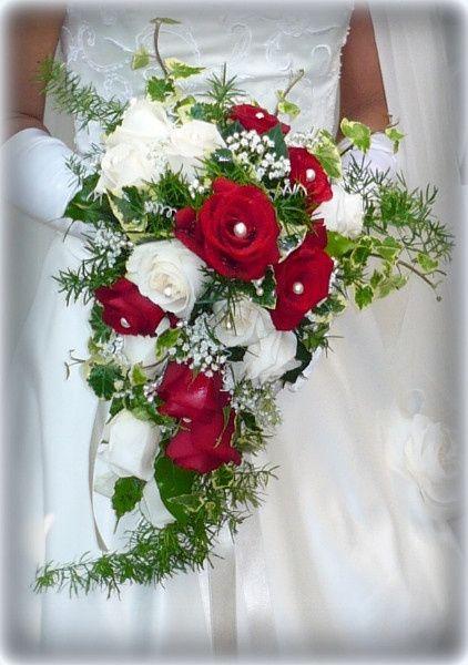 Bouquet A Cascata Sposa.Bouquet A Cascata Pagina 3 Moda Nozze Forum Matrimonio Com