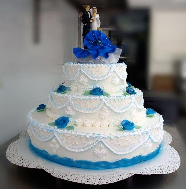 Le pi belle torte nuziali blu ricevimento di nozze for Decorazioni torte per 60 anni di matrimonio