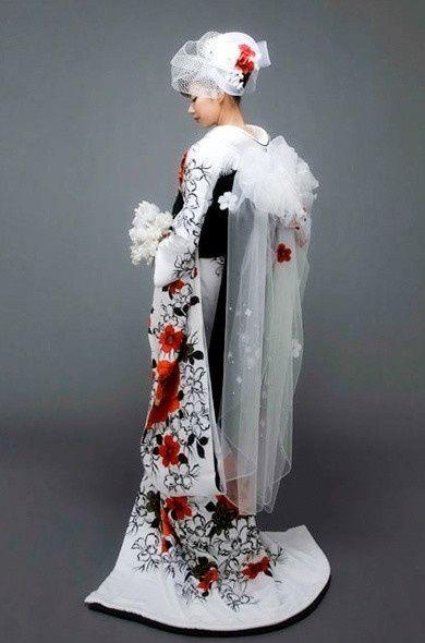 4fd5ba8103e5 Abiti da sposa nel mondo - Giappone - Moda nozze - Forum Matrimonio.com