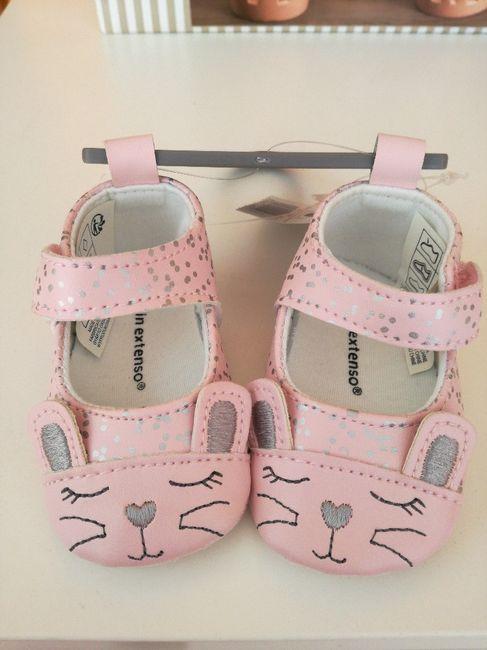 Taglia scarpe neonato 4