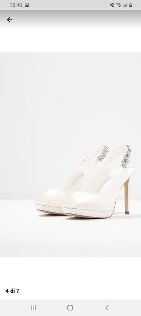 Che scarpe avete scelto per il vostro matrimonio? 5