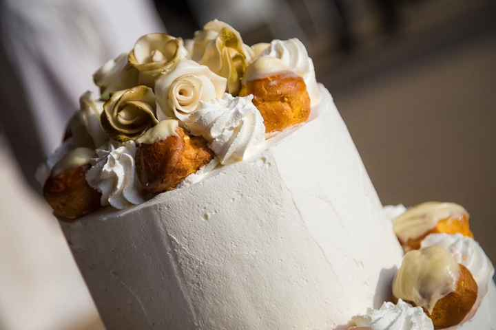 Saint Honorè, cake topper