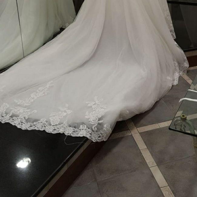 Il tuo vestito da sposa ha la coda? 3