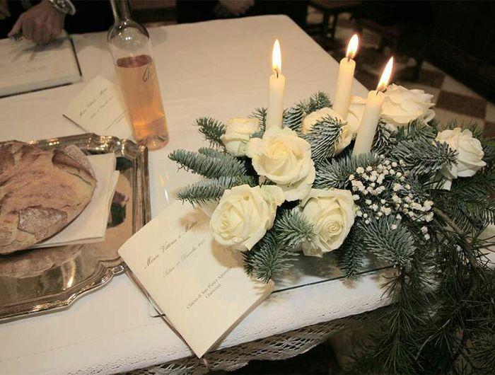 Matrimonio Di Natale : Stelle di natale come fiori per chiesa organizzazione
