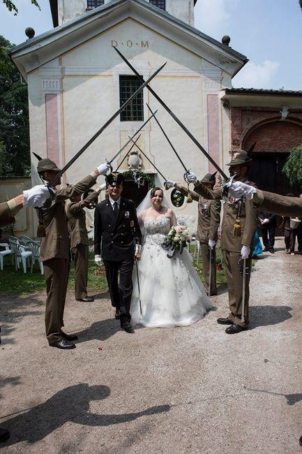 Matrimonio In Alta Uniforme Esercito : Quando lui è in divisa spose sull attenti cerimonia