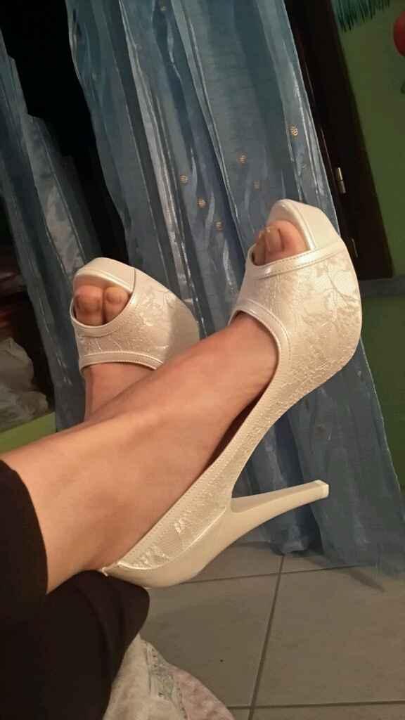 Scarpe sposa....bianche o colorate? mi fate vedere le vostre? - 1