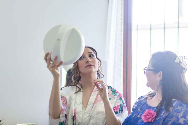 sposa specchio