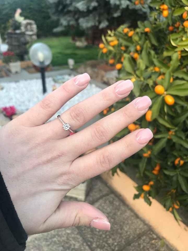 Sposine dolcissime oggi faccio la prima prova unghie, mi fate vedere le vostre? 4