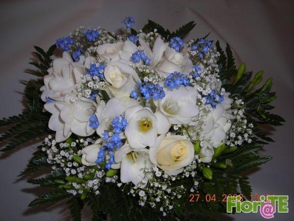 Matrimonio Azzurro E Bianco : Buoquet azzurro e bianco foto moda nozze