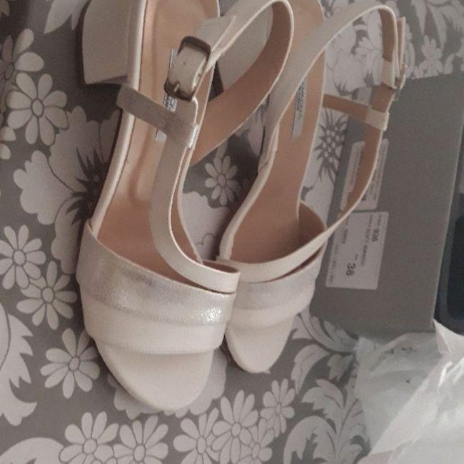 abbinamento abito / scarpe / unghie 9