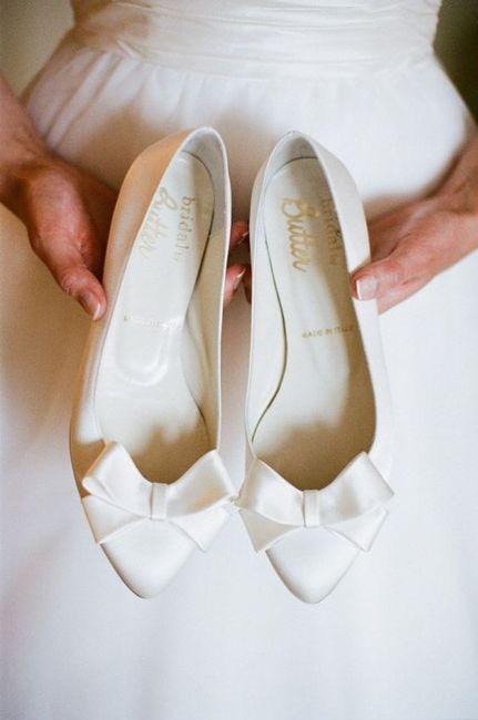 Le scarpe di ricambio di quale admin scegli? 👠 2