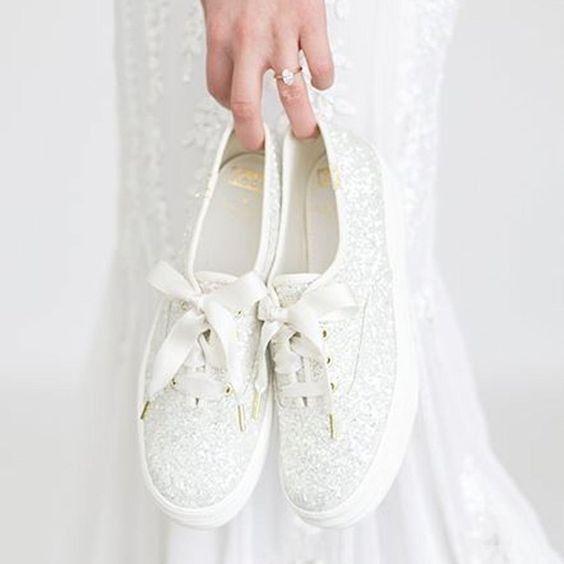Le scarpe di ricambio di quale admin scegli? 👠 3