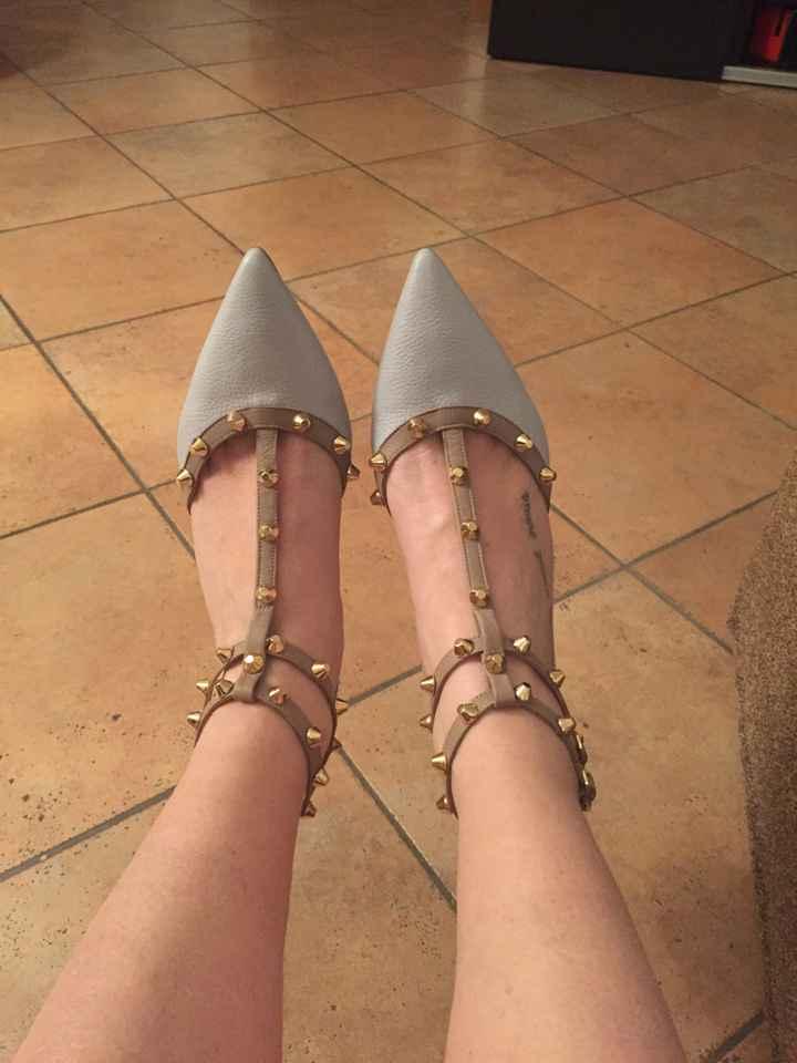 Panico da scarpe - 1