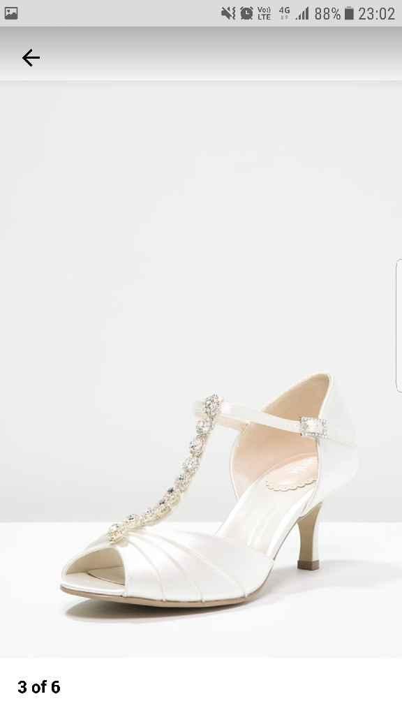 Scarpe cercasi - 1