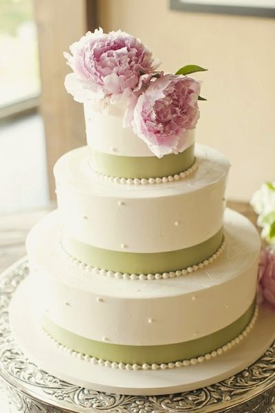 wedding cake to feed 150 wedding cake costo al kg e peso porzione mi serve il 26286