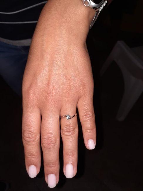 E ora mostraci una foto del tuo anello di fidanzamento! 26